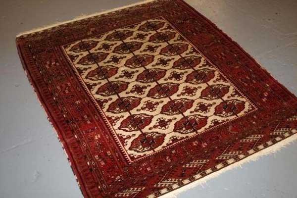 A Turkmen kilim
