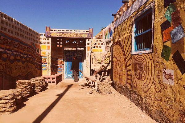 Wall paintings in Nadalian Museum in Hormuz Island
