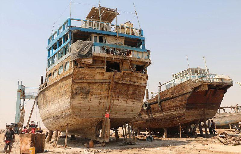 Traditional boat making (Lenj)