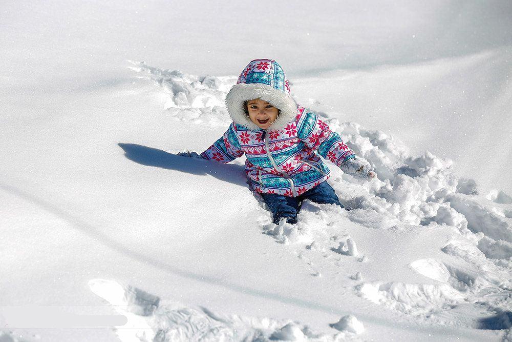 A kid in Dizin Ski Resort - Iran