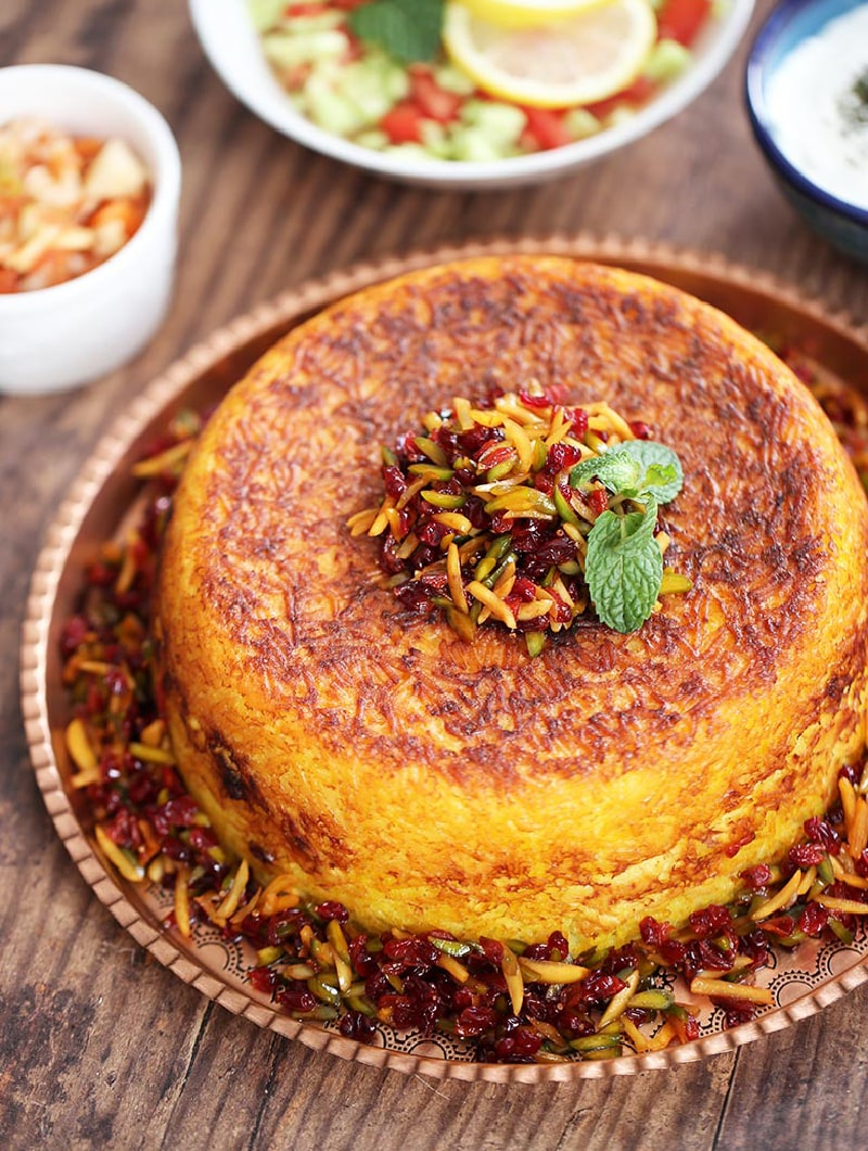 Tahchin - Persian foods to try in Iran