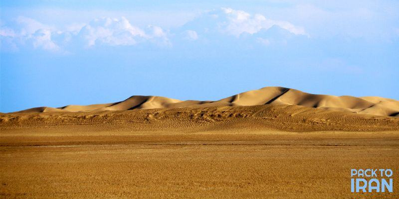 4 magnificent deserts to visit around Isfahan